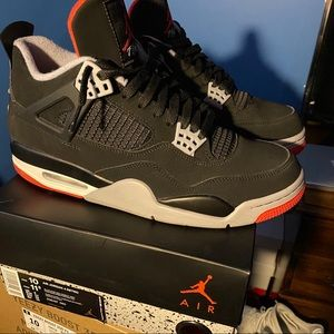 Air Jordan Bred 4's (Retro)